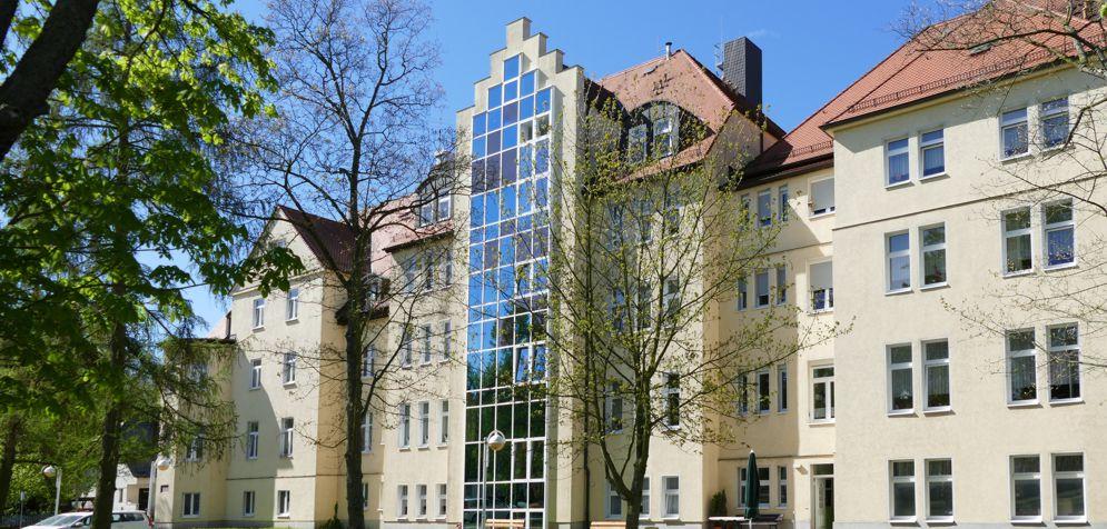 Altenpflegeheim Naunhof von hinten